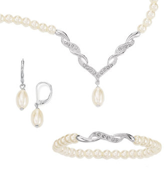 Avon Kayla 3-Piece Pearlesque Gift Set