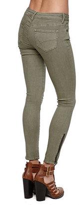 Bullhead Denim Co Low Rise Ankle Skinniest Jeans