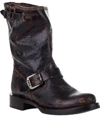Frye WOMEN'S Veronica Short Boot Chocolate Leather