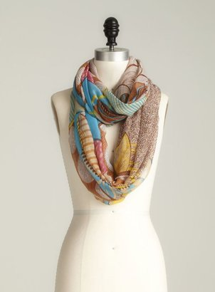 David & Young Abstract Leaf Infinity Scarf