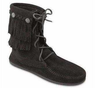 Minnetonka Women's Double Fringe Tramper Boots