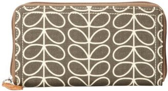 Orla Kiely Linear Stem Big Zip Wallet