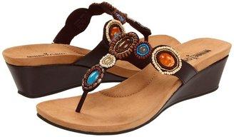 Minnetonka Uptown Thong Women's Sandals