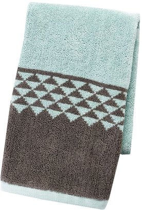 Apt. 9 highly absorbent triangle hand towel
