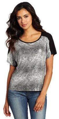 Amy Byer Women's Short Sleeve Print Knit Top