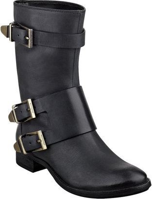 Boutique 9 Radannah Pull-On Booties