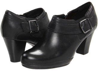 Clarks Vermont Vivi (Black Leather) - Footwear