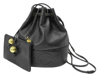 Chanel excellent (EX Black Caviar Drawstring Bucket Bag + Cosmetic Pouch