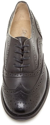 Wanted Babe Wingtip Oxford