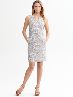 Banana Republic Textured split-neck sheath