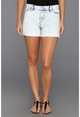 Calvin Klein Jeans Vintage Comfort Stretch Fresh Blue Was Cut Off Short (Light Wash) - Apparel