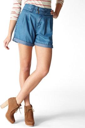 Levi's Pleated High Waist Shorts