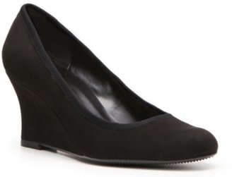 Ultima Ditto by VanEli Wedge Pump