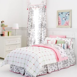 Whistle & Wink Tufted Twin Quilt
