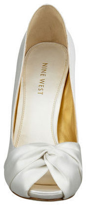 Nine West Farawell