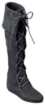 Minnetonka Women's Front Lace Hardsole Knee HiBoots