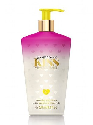 Victoria's Secret Fantasies You're All Mine Hydrating Body Lotion