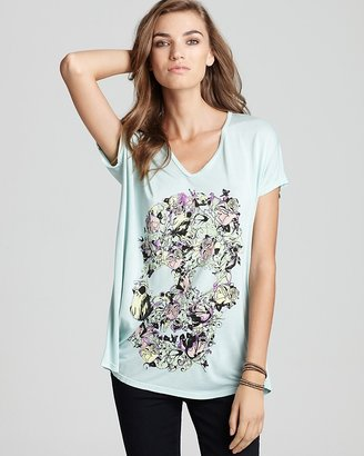 Lauren Moshi Tee - Color Vine Skull April Oversized V Neck
