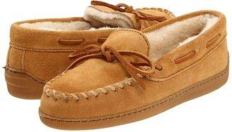 Minnetonka Pile Lined Hardsole (Tan Suede) Women's Shoes