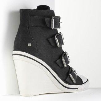 Vera Wang Simply vera wedge sneakers - women