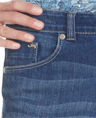 Style&Co. Jeans, Cropped Curvy-Fit Zippered, Noble Wash