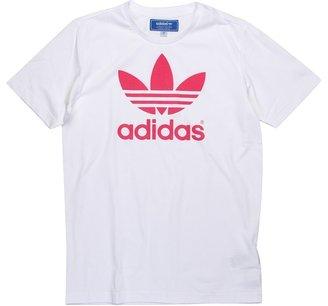 adidas Kids - adicolor Trefoil Tee (Little Kids/Big Kids) (White/Super Pink) - Apparel
