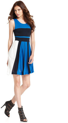 French Connection Dress, Sleeveless Scoop-Neck Colorblocked A-Line