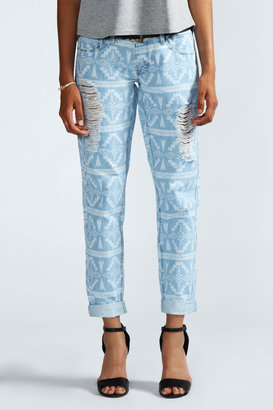 Boohoo Blake Aztec Faded Denim Boyfriend Jeans