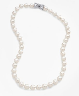 Brooks Brothers Glass Pearl Necklace