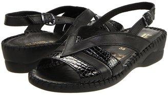 La Plume Merial (Black) - Footwear