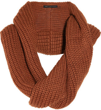 Marc by Marc Jacobs Uma ribbed wool snood