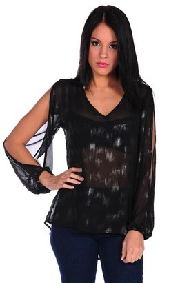 Romeo & Juliet Couture Open Sleeve V-Neck Blouse