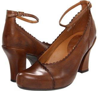 Earthies Catalina (Black) - Footwear
