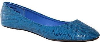Torrid Twisted - Blue Snake Print Flats (Medium Width)