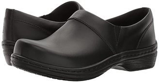 Klogs USA Footwear Mission (Black Smooth Leather) Women's Clog Shoes
