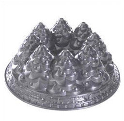 Nordicware Seasonal Holiday Tree Pan