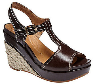 Nurture Mambo Wedge Sandals