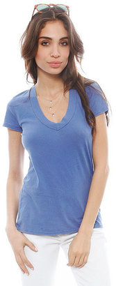 James Perse Short Sleeve Relaxed Casual V Neck Tee in Bluebell