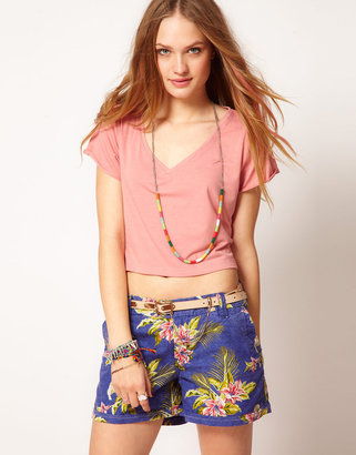 MinkPink Cropped Scoop Neck T-Shirt