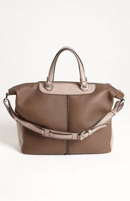 Tod's 'Classic - Medium' Leather Tote