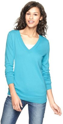 Gap Luxlight V-neck pullover