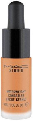 M·A·C MAC Studio Waterweight Concealer - Colour Nc50