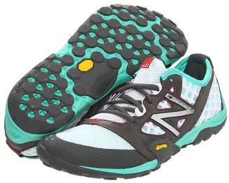New Balance Minimus 20 Trail Running Shoes (Grey/Teal) - Footwear