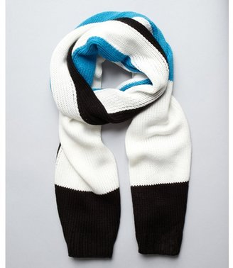 525 America blue and black knit colorblocked scarf