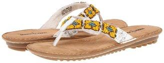 Minnetonka Marin Thong (Brown) - Footwear