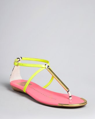 Dolce Vita DV Thong Flat Sandals - Archer