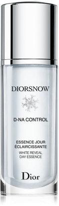 Christian Dior Diorsnow D-NA Control White Reveal Day Essence
