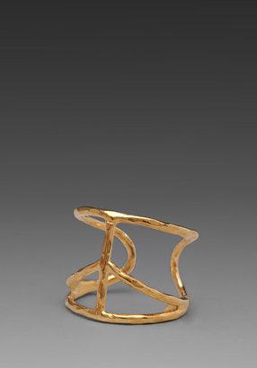 Kerri Wilder jewelry x REVOLVE Peace Ring