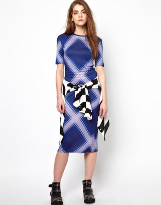 House of Holland Short Sleeve Midi Dress in Oversized Check