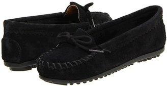 Minnetonka Suede Skimmer Moc (Black Suede) - Footwear